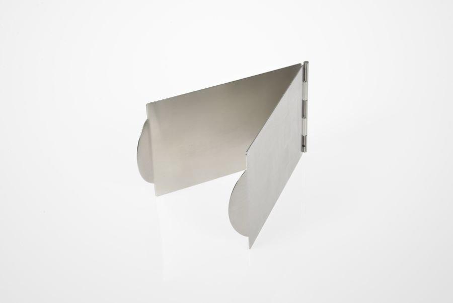 tortenecke aus edelstahl f r torten bis 30 cm. Black Bedroom Furniture Sets. Home Design Ideas