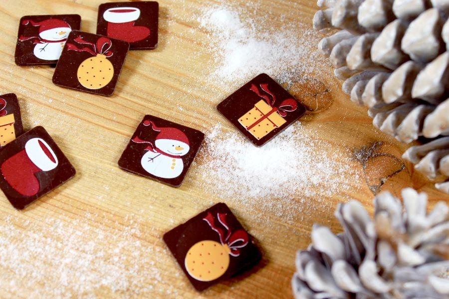 Schoko-Aufleger Winter, dunkle Schokolade 3 x 3cm, 24 Stück bei Hobbybaecker.de
