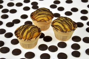 Backset: Muffin im Waffel-Portionsbecher
