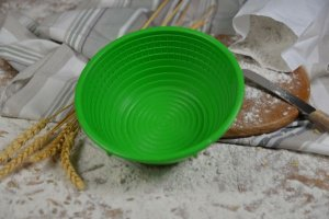 Runde Gärform aus Kunststoff für Brote bis 750 g (grün)
