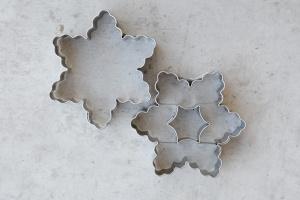 Linzer Ausstecher Stern, 6 Zacken, 2teiliges Set, 6 cm