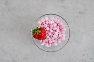 Baiser Tropfen mini Erdbeer, 100 g