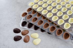 Walnuss-Schalen für Pralinen -3 kaufen - 2 zahlen-
