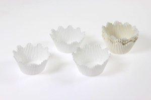 Papierbackform Krone weiß, 50 Stück