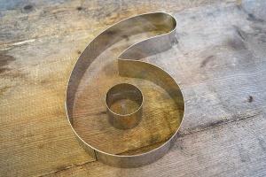 Zahlen-Backrahmen Ziffer -6- oder -9-  Edelstahl