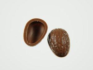 Walnuss-Schalen für Pralinen Vollmilch  60 Stck