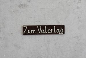 Schokoaufleger Zum Vatertag, Vollmilch, 8x2 cm, 6 Stück