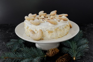 Ausgewählte Zutaten für Vanillekipferltorte