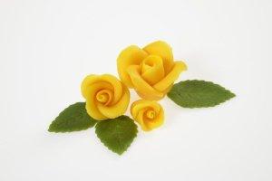 Rosenset gelb aus Marzipan  9 Rosen + 14 Blätter