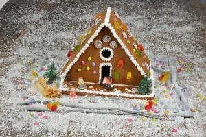 Hänsel & Gretel + Hexe u. Katze aus Zucker