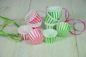 CupCake-Becher, Stripes grün und pink, 24 Stück