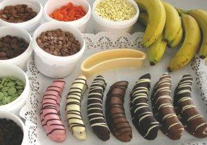 Bananen-Ausstecher 15 cm aus Kunststoff