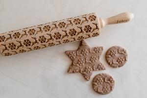 Teigroller mit Muster, Rentiere und Schneeflocken, 43x5cm