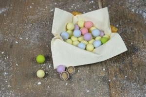Zucker-Perlen mit Crispy pastellfarben, Ø 1,5 - 2 cm, 200g