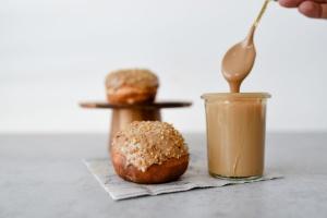 Cremefüllung Callebaut Crema Gold, Karamell-Schokolade 250g