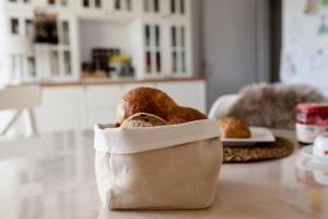 Brotkörbchen aus Halbleinen Natur 12,5 x 12,5 cm