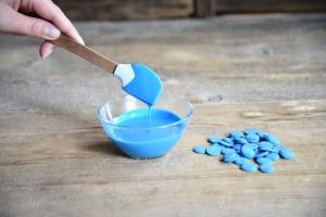 Schmelzschokolade blaue Fettglasur, 250 g