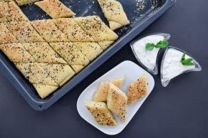 Ausgewählte Zutaten für Türkisches Pita Brot