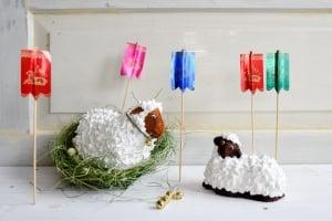 Fahne und Glöckchen fürs Osterlamm je 5 Stück