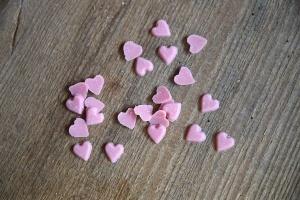 Herzen rosa, Streudekor Ø 1 cm, 100 g-Dose