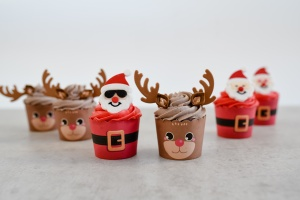 Cup Kit Weihnachtsmann, Muffinform + Zuckerdeko