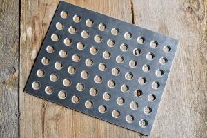 Füll- und Schließschablone aus Aluminium