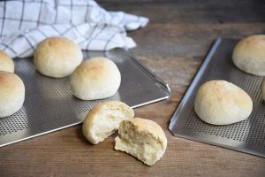 Brot- und Brötchen-Backblech 35 x 44 cm, groß