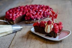 Fruchtguss Erdbeer rot 400 g