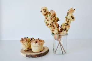 Ausgewählte Zutaten für Flammkuchen Spieße u. Faltenmuffins
