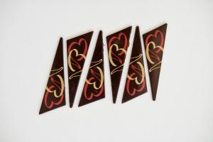 Dreiecke mit Herz, dunkle Schokolade 28 x 77 mm, 12 Stück