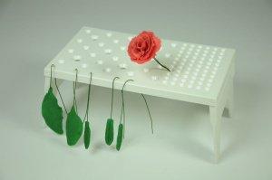 Blumenständer aufklappbar, 16 x 27 cm, aus Kunststoff