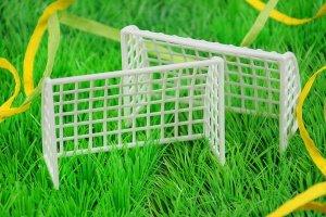 Fußball-Tore 10 x 4 x 6,5 cm aus Kunststoff  2 Tore