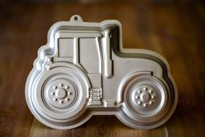 Kuchenform Traktor 3D aus Aluminium, 28 x 20 x 7 cm