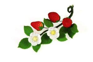 Zucker-Früchte  -Erdbeere mit Blüte-, 13 cm