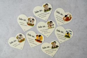 """Marzipanaufleger Herz """"Liebe ist ..."""", ca. 14 x 13 cm"""