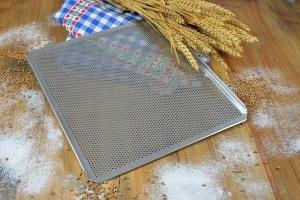 Brot- und Brötchen-Backblech 34 x 38 cm, Standard
