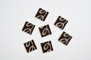Schoko-Quadrate dunkel und weiß 3,5 x 3,5 cm, 24 Stück