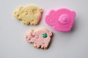 Ausstecher Schwein mit Prägestempel, Kunststoff, 6 cm