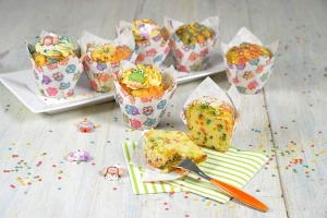 1 kg Hobby-Muffin + 100 g Lustiges Konfetti aus Zucker