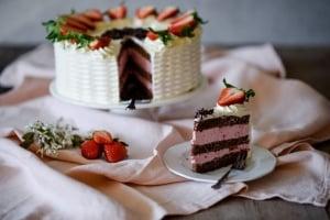 3 Btl. Erdbeer-Sahnestand á 150 g - Angebot