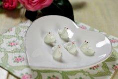Tauben weiß, sitzend, aus Zucker, 36 Stück