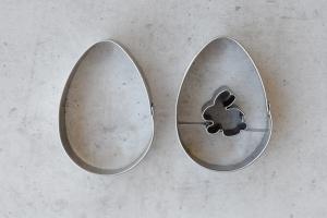 Oster-Ei mit Hase, 2-teiliges Set, 5,5 x 4 cm, Edelstahl