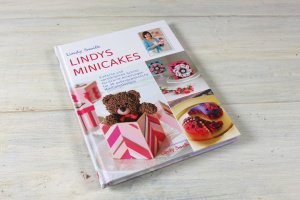 Lindys Minicake/Lindy Smith