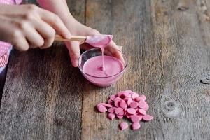 Schmelzschokolade rosa Fettglasur, 250 g