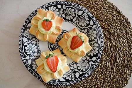 Vanille-Erdbeer-Teilchen