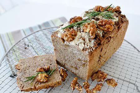 Walnuss-Rosmarin-Brot