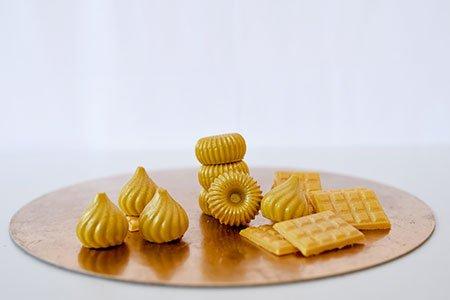 Goldene Pralinen & Täfelchen