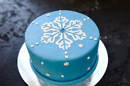 Kleine Schneeflocken-Torte