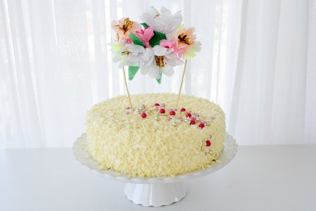 Ricotta Limette Torte mit Schoko-Löckchen