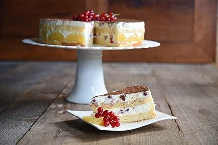 Ananas-Johannisbeer-Torte
